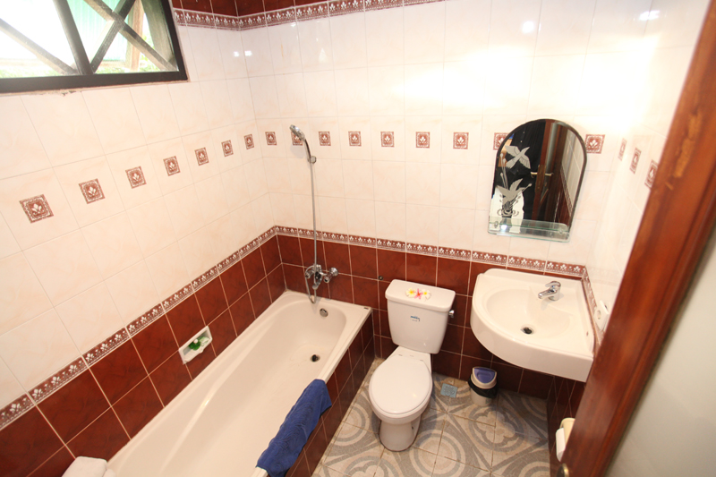 bath room of superior rooms