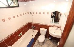 bath room of superior rooms